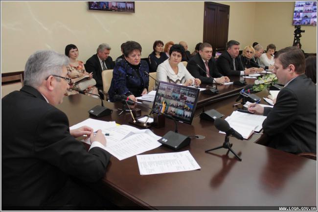 К контролю за качеством продуктов питания на торговых прилавках Луганщины приобщаются органы местного самоуправления.